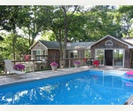 East Hampton Marina 4 bed with heated pool 
