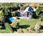 Lovely Mecox Bay Home surrounded by 30 acres of open land